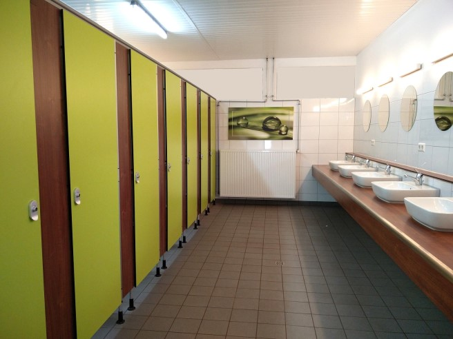 Toilet cubicles, sanitary wall systems, toilet stalls
